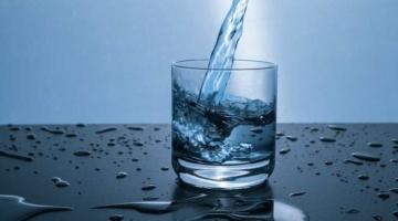 ज्यादा पानी पीने के नुकसान Jyada Pani Pine Ke Nuksan